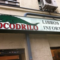 Photo taken at Cocodrilo Libros by Philippe B. on 5/8/2012