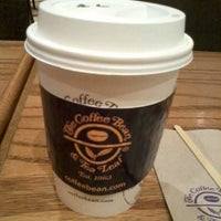 Photo taken at The Coffee Bean & Tea Leaf by Vennice Mae P. on 8/10/2013