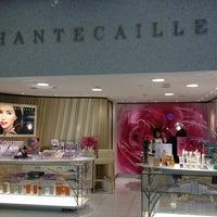 Photo taken at la boutique Chantecaille sur 59ème rue by Jessy L. on 6/21/2013