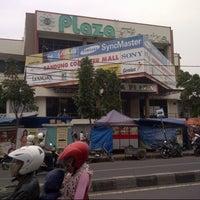 Photo taken at Jaya Plaza by morteza m. on 8/5/2013