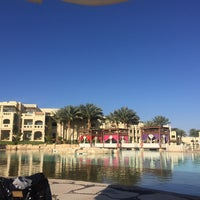 Foto tirada no(a) Lagoon Pool por Olivier V. em 3/7/2017