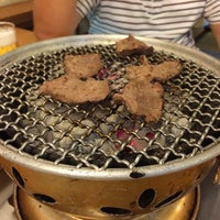 Photo taken at 炭火焼肉 じろう by Yuuki H. on 9/29/2015