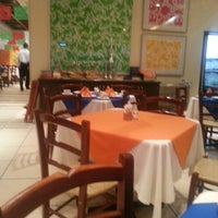 Foto tomada en El Bajío por Hector S. el 9/28/2012