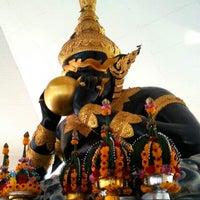 Photo taken at วัดศีรษะทอง (วัดพระราหู) Wat Sisa Thong by Pisanu R. on 12/15/2012