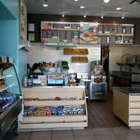 Photo taken at Robeks Fresh Juices & Smoothies by Jeff C. on 10/4/2016