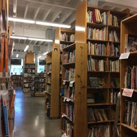 Photo taken at Powell's Books Orange Room by Bonnie Ridley K. on 7/16/2018