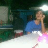 Photo taken at Fellih Fishing Corner by Taufik H. on 9/25/2012