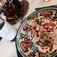 Foto tomada en Restaurante Nicos por Andrew A. el 7/19/2014