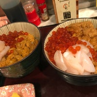 Photo taken at ペリーのいくら丼 by おみそ on 6/3/2017