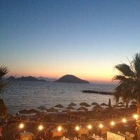 6/27/2013 tarihinde Aylinziyaretçi tarafından Sunset Restaurant'de çekilen fotoğraf