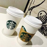 Photo taken at Starbucks by Jeovanníí B. on 1/10/2017