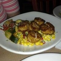รูปภาพถ่ายที่ Bonefish Grill โดย Janet M. เมื่อ 7/4/2013