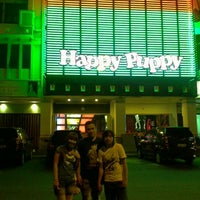 Photo taken at Happy Puppy by Djorgie L. on 10/21/2012