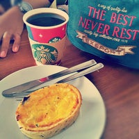 Photo taken at Starbucks by Fadli al Arif S. on 12/16/2012