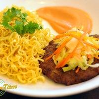 Photo taken at Bánh Mì Café Minh Tâm by PlvQ on 10/24/2013