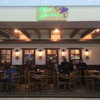 Foto tirada no(a) Olive Garden por Rogerio A. em 5/12/2014