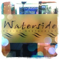 Foto tirada no(a) Waterside Resort Restaurant por abdul3230 P. em 1/18/2013