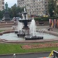 Снимок сделан в Пушкинская площадь пользователем Галина К. 6/22/2013