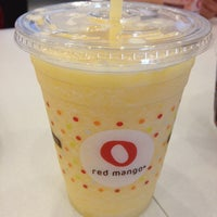 Photo taken at Red Mango by JEONGHYEON Y. on 9/11/2013