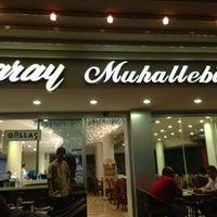 7/14/2013 tarihinde Erhanziyaretçi tarafından Saray Muhallebicisi'de çekilen fotoğraf