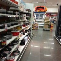 Photo taken at Supermercado Angeloni by Claudia on 2/15/2013