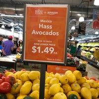 Снимок сделан в Whole Foods Market пользователем Morea K. 9/17/2017
