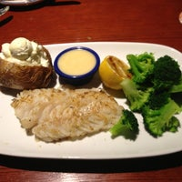 Photo taken at Red Lobster by Kelly A. on 1/8/2013