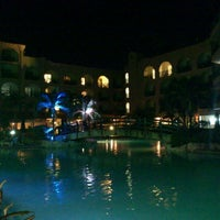 Photo taken at Accra Beach Hotel & Spa by Cezar R. on 9/26/2012