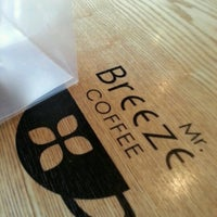 Photo taken at Mr. Breeze Coffee by Hansoo P. on 11/3/2012
