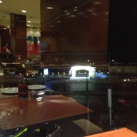 Photo taken at Pizza Hut by Aoun A. on 1/23/2014