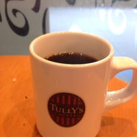 Photo taken at Tully's Coffee by Makoto F. on 6/5/2013