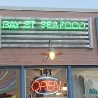 Photo taken at Bay Street Seafood Market & Grill by Bob 💲☎🍒Ⓜ♒ M. on 9/13/2013