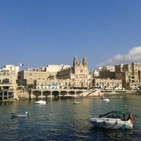 Photo prise au Balluta Bay par Jana S. le7/30/2013