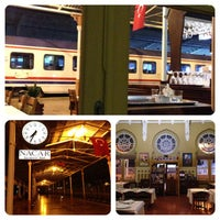 10/31/2013 tarihinde Yogo Y.ziyaretçi tarafından Orient Express Restaurant'de çekilen fotoğraf