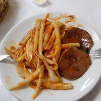 Foto tirada no(a) Restaurante La Friulana por Marco Antonio A. em 9/5/2013