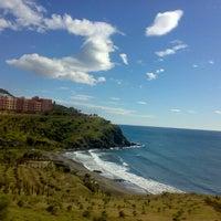 Photo taken at Playa de Calabajío by Vero R. on 9/27/2012
