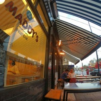 Foto scattata a Maddy's Fish Bar da Jonathan C. il 9/19/2014