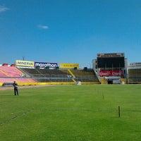 Foto tomada en Estadio Olimpico Atahualpa por Camila W. el 9/28/2012