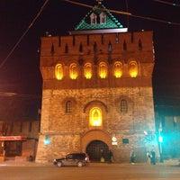 Снимок сделан в Нижегородский кремль пользователем Vadim B. 4/20/2013