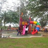 Photo taken at Batu burok beach by Najeehah U. on 12/15/2013