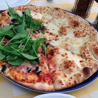 Photo taken at Pizzeria Limoncello by Oat K. on 12/27/2012