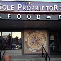 รูปภาพถ่ายที่ The Sole Proprietor โดย Mae 🌸🌺 B. เมื่อ 10/27/2012