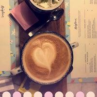Foto tirada no(a) Biglove Caffè por Hamad A. em 8/16/2017