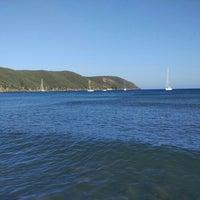 Photo taken at Spiaggia di Lacona by Lonifasiko.com - Miguel Loitxate on 7/3/2016
