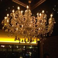 3/1/2013 tarihinde Ferhan Ö.ziyaretçi tarafından No4 Restaurant • Bar • Lounge'de çekilen fotoğraf