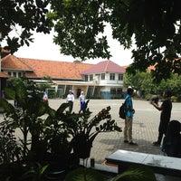 Photo taken at SMA Negeri 2 Surabaya by Rizky Noor A. on 2/16/2013