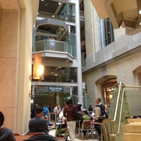 Photo taken at Atrium Cafe - Smithsonian's National Museum of Natural History by Trae W. on 10/7/2012