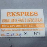 Photo taken at Ekspres Ayakkabı Tamir ve Lostra Slonları by Soner A. on 9/18/2014