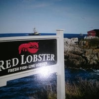 Photo taken at Red Lobster by Jae D. on 12/29/2012