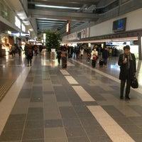 Photo taken at HND Terminal 1 by Suzuki T. on 1/24/2013